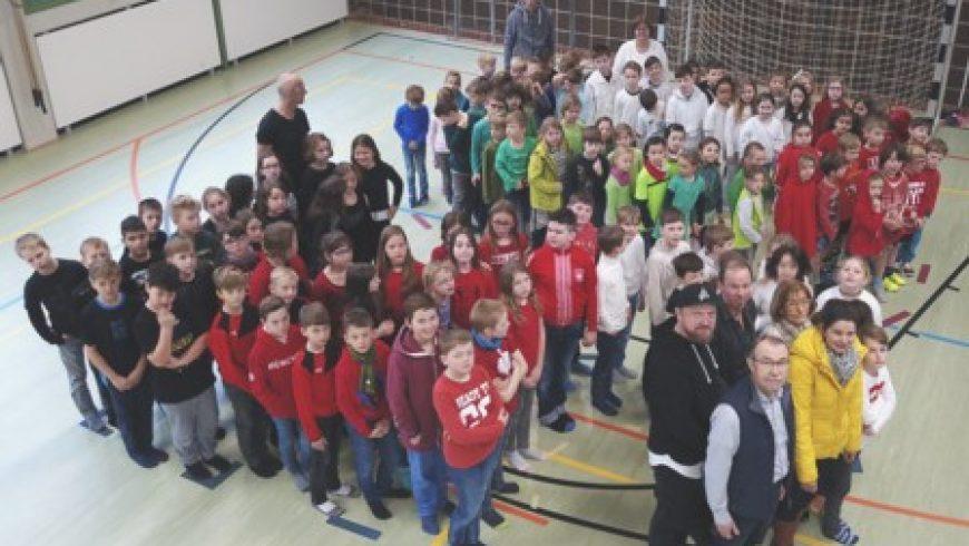 Kunterbuntes Schulfest